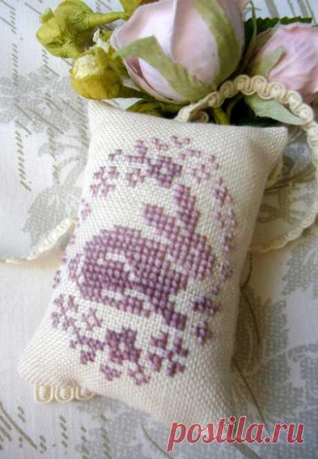Пасхальная вышивка крестом: кролик. Схема