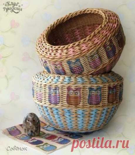 Многоцветное плетение корзины из газетных трубочек / Слабый пол!