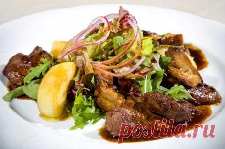Салат с куриной печенкой: 8 рецептов