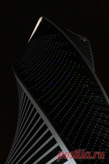 Башня «Эволюция», Москва-Сити. Автор фото – Ольга: nat-geo.ru/community/user/221285