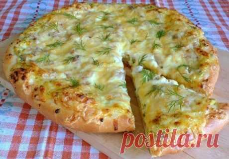 Домашняя пицца с вкуснейшим, нежным тестом  Не обязательно идти в пиццерию, чтобы попробовать вкусную итальянскую пиццу. Ее можно приготовить и дома. Главный секрет вкусной пиццы (на мой взгляд) — это тесто. Ингредиенты любые на ваш вкус.  Хоч…