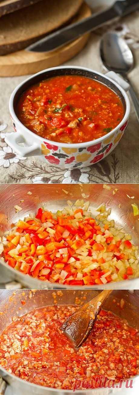 Густой томатный суп с фаршем и чечевицей. Удобный рецепт, фарш подходит абсолютно любой. Можно добавлять ароматные травы - базилик, тимьян, орегано - по отдельности или в смеси по вкусу