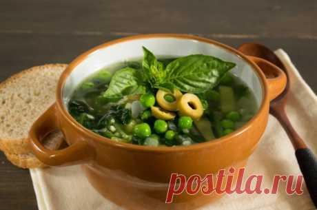 Суп с горошком, пшеном и оливками Если вы хотите похудеть к лету без жестких диет, но не знаете какие низкокалорийные блюда можно приготовить в домашних условиях, то не проходите мимо этого рецепта, и попробуйте сделать вкусный суп с горошком, пшеном и оливками! Рецепт подойдет при правильном питании.