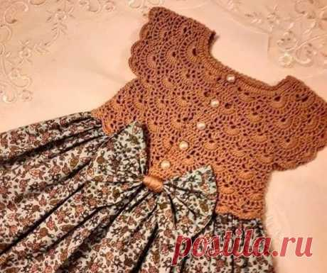 Платье, сочетающее в себе и шитье, и вязание из категории Интересные идеи – Вязаные идеи, идеи для вязания