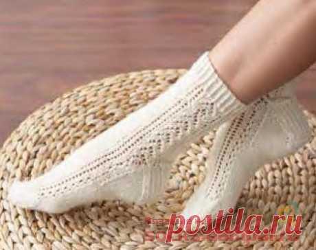 Вязаные носки с ажурными полосками | ВЯЗАНЫЕ НОСКИ