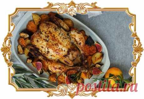 #Курица, фаршированная рисом и инжиром  Удивите своих близких необычным блюдом. #Птица начиняется рассыпчатым рисом басмати и карамелизированными фруктами.  Время приготовления: Показать полностью...