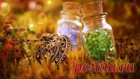 Creative_Wallpaper_____Pendant_and_bottles_with_caps_085774_26.jpg (1280×720)