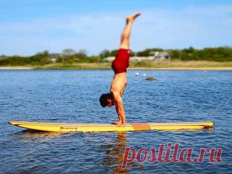▶ Paddle Board Yoga by Equinox - YouTube