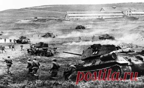 Самый результативный выстрел Великой Отечественной войны  Случилось это на Курской дуге, когда целью бронебойного снаряда, выпущенного нашей 76-мм пушкой, стала минная танкетка-транспортер «Боргвард», оказавшаяся в тот момент на немецком среднем танке-носителе.