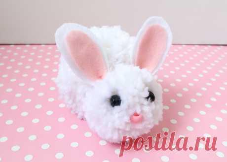 Cuddly Pom Pom Easter Bunny Tutorial | Woo! Jr. Kids Activities