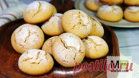 Las galletas suaves de miel