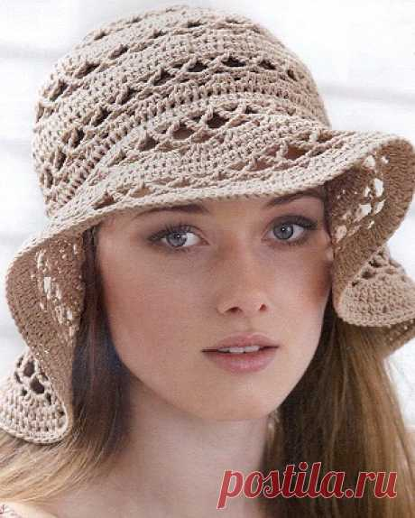 Летняя женская шляпка крючком Летняя женская шляпка крючкомЛетняя женская шляпка крючком станет достойной альтернативой шляпкам из дорогой соломки.