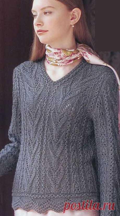 Нарядный пуловер спицами.