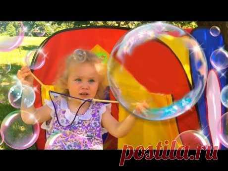 HUGE SOAP BUBBLES \/ the Simple recipe \/ Entertainment for children \/ DIY Giant Soap Bubbles for kids