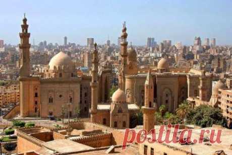 Что посмотреть в Каире туристу, куда сходить и съездить, отзывы Обзор Каира от туриста, отзывы и рекомендации, что посмотреть и где побывать в Каире. Описание ресторанов, достопримечательностей, интересных мест, экскурсии.