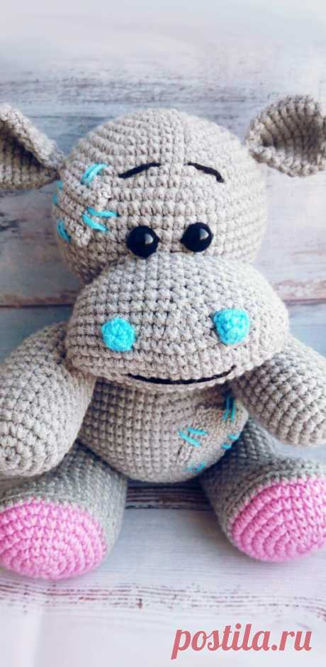 PDF Бегемотик в стиле Тедди крючком. FREE crochet pattern; Аmigurumi doll patterns. Амигуруми схемы и описания на русском. Вязаные игрушки и поделки своими руками #amimore - Бегемот, бегемотик, hippo, hippopotamus, hipopótamo, ippopotamo, Nilpferd, hipopotam, hipopótamo, Хиппо, suaygırı, virtahepo, hippopotame, hroch, jõehobu. Amigurumi doll pattern free; amigurumi patterns; amigurumi crochet; amigurumi crochet patterns; amigurumi patterns free; amigurumi today.