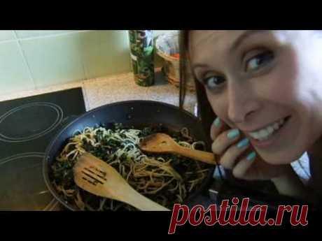 Грюнколь со спагетти (она же браунколь, она же кале)
