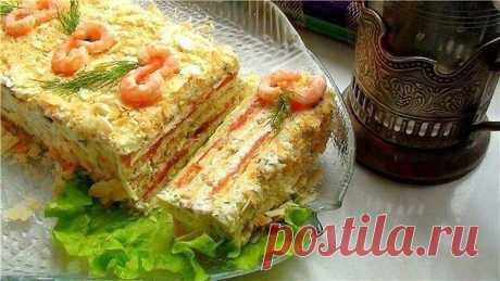 ТОП-5 САМЫХ ВКУСНЫХ ЗАКУСОЧНЫХ ТОРТОВ   1) Рыбный закусочный торт  ИНГРЕДИЕНТЫ:  5 шт. вафельных коржей   1 банка рыбных консервов в масле, по желанию, сгодятся и обычные сардины   3 вареных яйца   150 гр. твердого сыра   1 зубок чеснока майонез зеленый лук   ПРИГОТОВЛЕНИЕ: По отдельности измельчить яичные желтки и белки. Натереть на терке сыр. Консервы помять вилкою. Все начинки смешиваем с майонезом, количество и жирность которого, конечно же, по вкусу и смелости. Под пе...