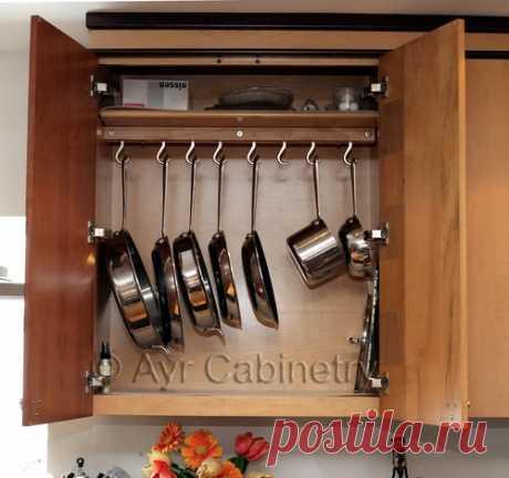 Варианты хранения сковородок на кухне — Полезные советы
