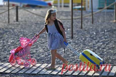 Курорт по отпускной цене. Чем встретят нас Крым, Геленджик иБелокуриха? Туристический сезон в России должен официально открыться 1 июля.