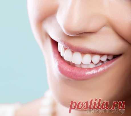 Как отбелить зубы в домашних условиях без вреда для эмали С экранов телевизора на нас смотрят голливудские звезды с белоснежной улыбкой. Еще совсем недавно такая улыбка была предметом зависти многих молодых людей, но уже сегодня каждый может осветлить зубы н...