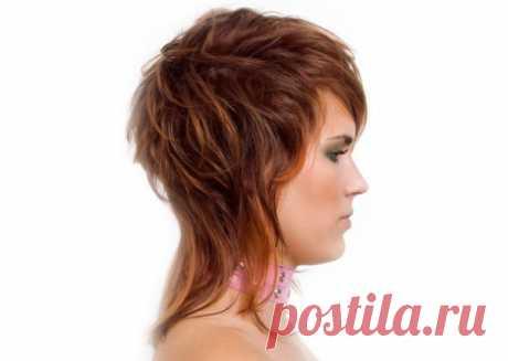 Стрижки на средние волосы с челкой каскад, каре, боб