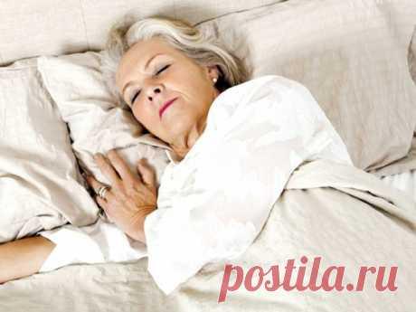 Почему после 50 лет частые проблемы со сном и как их избежать с помощью простых упражнений