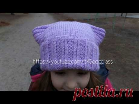 Cap cat. Knitting by spokes. A knitted cap with ears. Knitting(Hobby)
