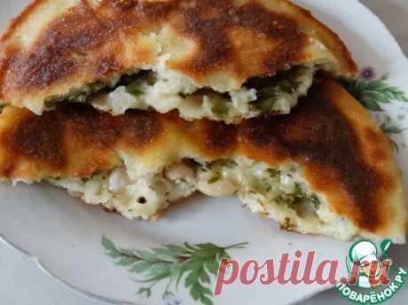 Лепешки с зеленью, сыром и фасолью – кулинарный рецепт