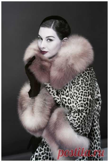 Nancy Berg  Photo Erwin Blumenfeld 1954