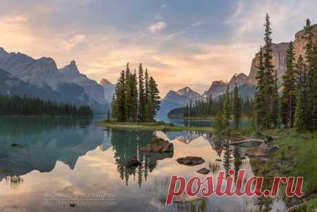 Люди ! Берегите красоту Земли нашей.