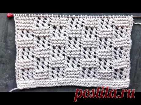 Простой ажурный узор спицами для вязания свитеров, палантинов, пледов