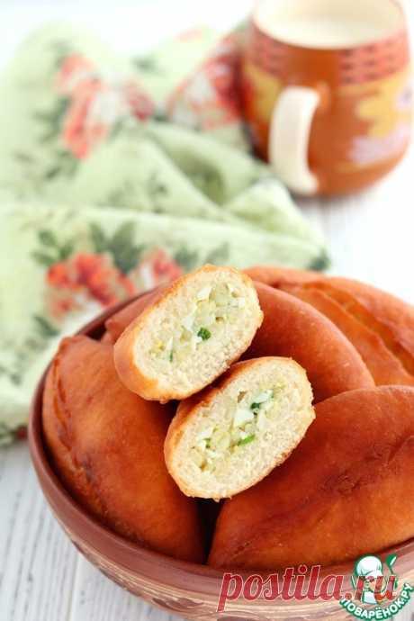 Жареные пирожки с луком и яйцом – кулинарный рецепт