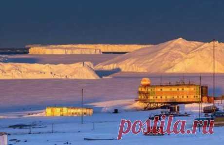 Полярник делиться заметками об Антарктиде в Твиттере . Тут забавно !!!