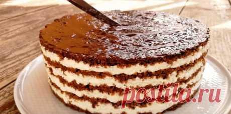 """На каждый праздник готовлю нежный торт без выпечки """"Тающая загадка"""". Настоящее наслаждение, от которого мои гости приходят в полный восторг"""