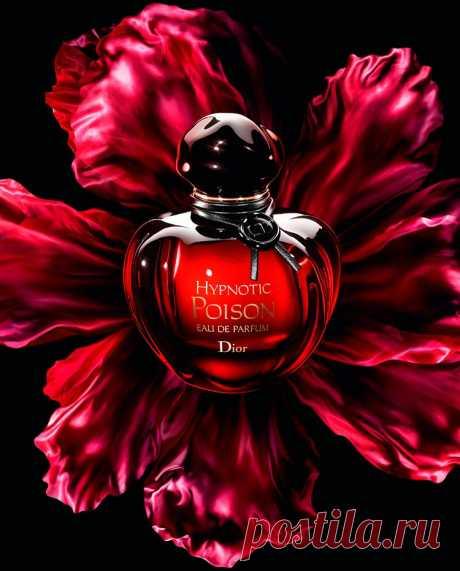 Духи для женщин после 40 лет: как выбрать аромат