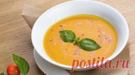 Суп-крем из тыквы - ПУТЕШЕСТВУЙ ПО САЙТУ. Крем-суп из тыквы готовят практически повсеместно – от Азии до Европы и от Австралии до Америки. Яркий ароматный тыквенный крем-суп идеально подойдет для постного обеда или ужина. Если вы не поститесь и не являетесь строгим вегетарианцем, в крем-суп можно добавить немного сливок. ИНГРЕДИЕНТЫ тыква очищенная – 600 г лук репчатый …