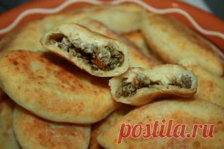 Пирожки из творожного теста с мясом и плавленым сыром рецепт с фотографиями