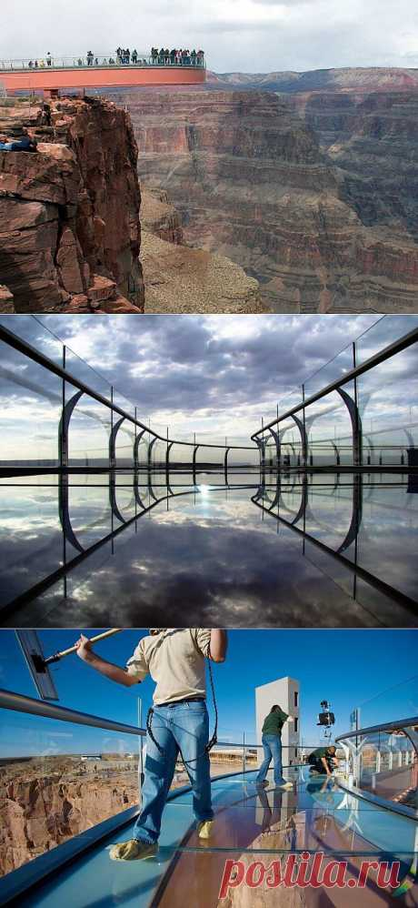 Головокружительная достопримечательность стеклянная площадка над Гранд-Каньоном : НОВОСТИ В ФОТОГРАФИЯХ