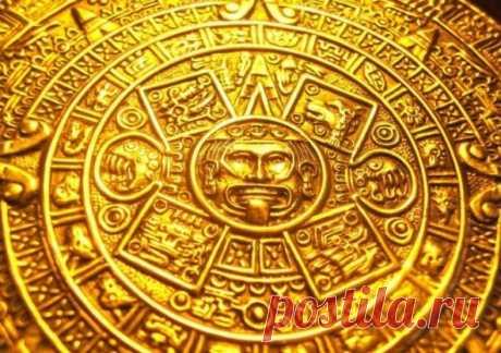 Таинственное тайное ритуальное озеро племени майя На полуострове под название Юкатан можно найти весьма таинственный колодец. Он расположен на территории одного из городов племени Майя. Его секрет заключается в том, что ни в какие времена он не использовался в качестве источника питьевой воды. Даже в самые страшные засухи он оставался нетронутым. В то же время водоем принимал жертвы в виде драгоценностей, а также жертв: детей и юных девушек.