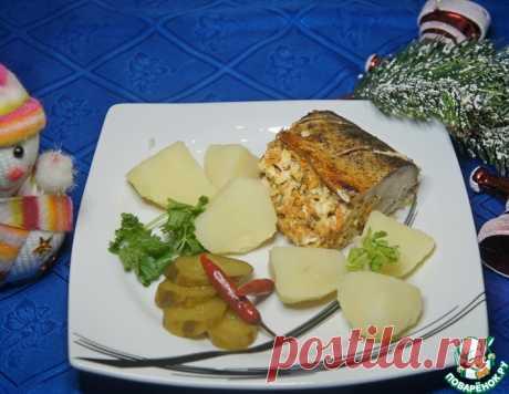 Скумбрия, фаршированная яйцом и сыром – кулинарный рецепт