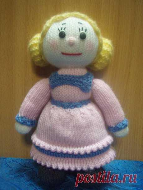 Вязанная кукла. Описание вязания.