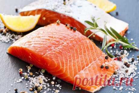 Как солить красную рыбу в домашних условиях вкусно и просто - 8 рецептов пошагово Соленая красная рыба – традиционное праздничное угощение. Ее используют в салатах, на бутербродах и других закусках. К сожалению, немногие могут