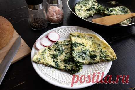 Омлет со шпинатом рецепт с фото Вкусный рецепт приготовления омлета со шпинатом в домашних условиях. Омлет со шпинатом рецепт с фото по шагам