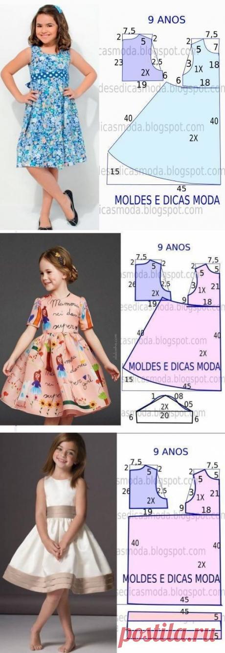Los compañeros de clase del Patrón de los vestidos infantiles veraniegos