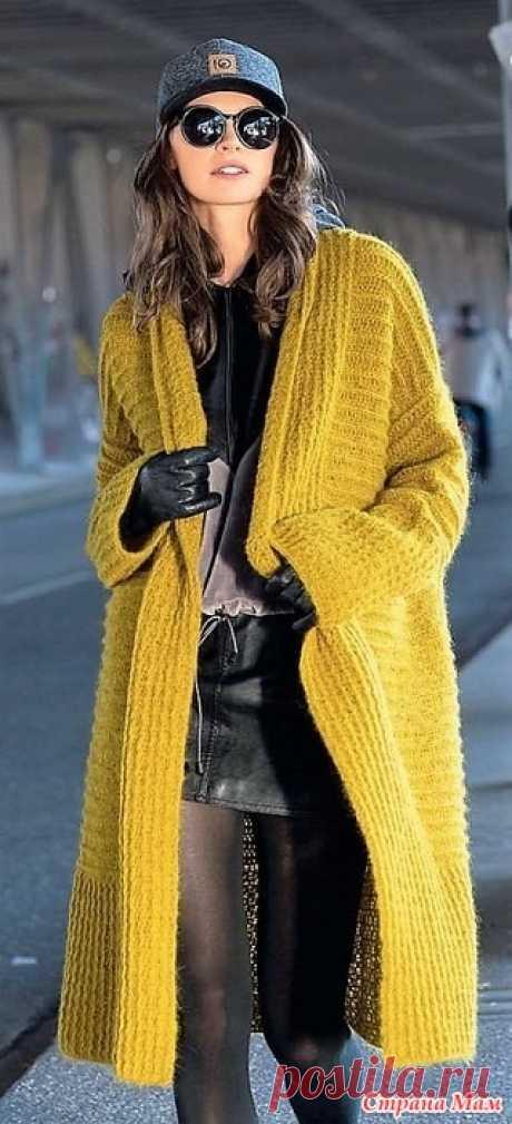 Свободное пальто с шалевым воротником. Крючок. Модное вязание №3 2020