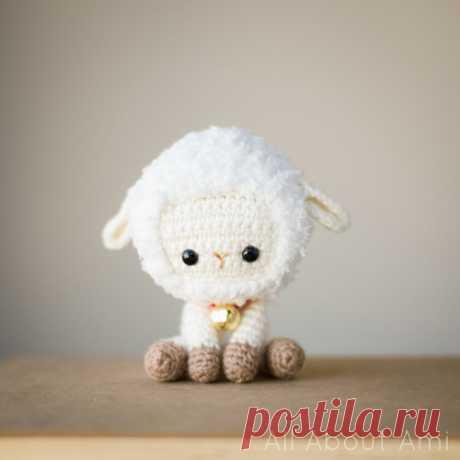 Scheme of knitting of a lamb of an amiguruma hook