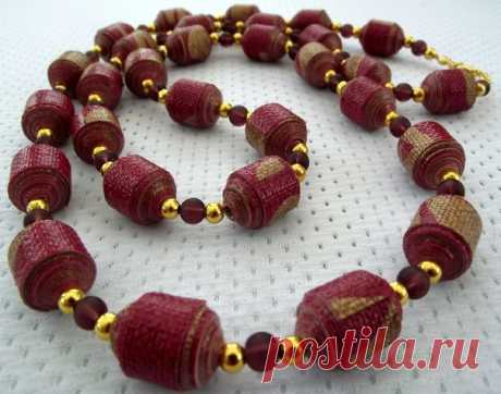 Jewelry from paper beads