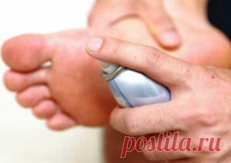 Спрей от грибка ногтей на ногах  Противогрибковые препараты выпускаются в форме мазей, гелей, шампуней и таблеток для приема внутрь. Но спреи обладают максимальным удобством в использовании и...