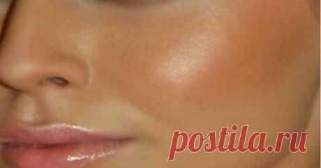 Чистка лица. Проверено 1.Умываем лицо привычным способом, закалываем волосы, чтобы лицо было открытым. 2.Готовим смесь №1. Берем столовую ложку пены для бритья, добавляем пол чайной ложки соды. Хорошенько мешаем. 3.Кипятим воду в кастрюле, …